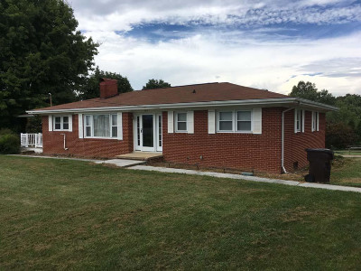 Piney Flats Single Family Home For Sale: 464 Jonesboro Road