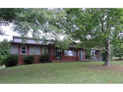 Single Family Home For Sale: 224 Lancaster Rd