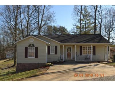 Bristol Single Family Home For Sale: 32 Tracy