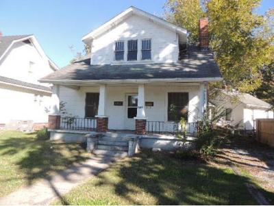 Kingsport Single Family Home For Sale: 1246 E Center St