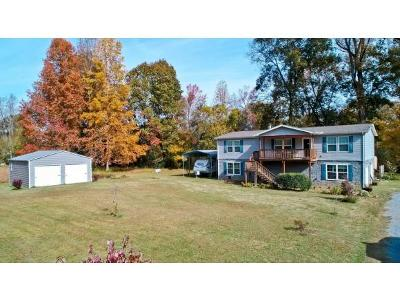Newport Single Family Home For Sale: 1483 River Chase Trail