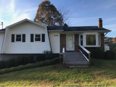 Bristol Single Family Home For Sale: 436 Springfield Dr.