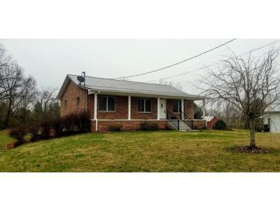 Jonesborough Single Family Home For Sale: 3645 W Walnut