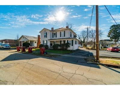 Johnson City Multi Family Home For Sale: 305 Montgomery Street