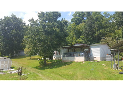 Single Family Home For Sale: 1003 Line Rd