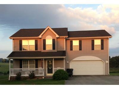 Single Family Home For Sale: 2505 Fox Meadows Cir