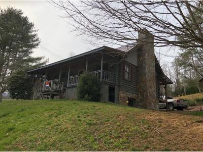 Single Family Home For Sale: 250 Beaver Walk Road