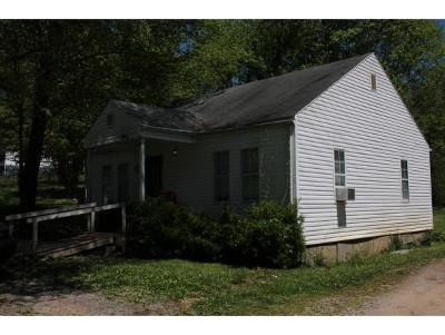 Kingsport TN Single Family Home For Sale: $79,000