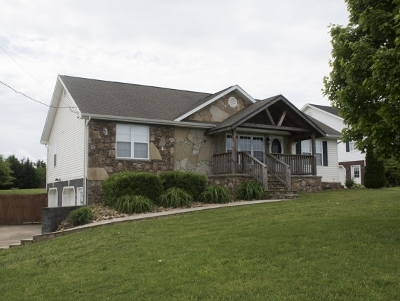 Limestone Single Family Home For Sale: 334 Anderson St
