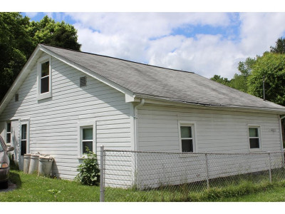 Church Hill Single Family Home For Sale: 502 Big Elm Rd.