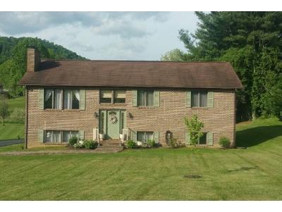 Abingdon Single Family Home For Sale: 827 Birdie Drive