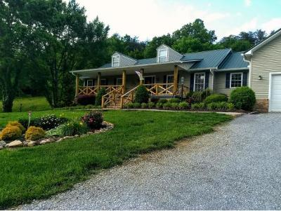 Single Family Home For Sale: 3290 Kelley Gap Rd