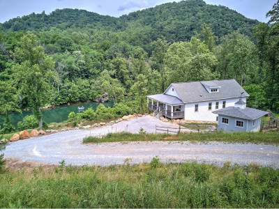 Elizabethton Single Family Home For Sale: 515 Wilbur Dam Rd
