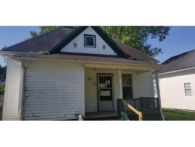 Johnson City Single Family Home For Sale: 211 Wilson Avenue