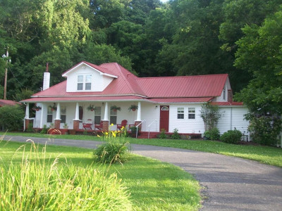 Jonesborough TN Single Family Home For Sale: $325,000