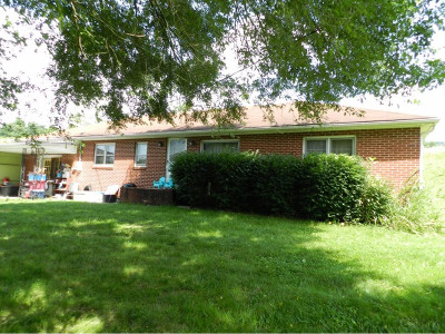 Single Family Home For Sale: 7500 Lone Star Road