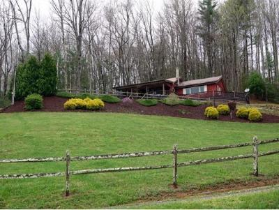 Single Family Home For Sale: 298 Hall Hill Road