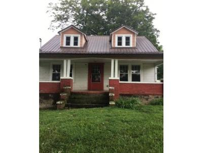 Single Family Home For Sale: 653 Opie Arnold