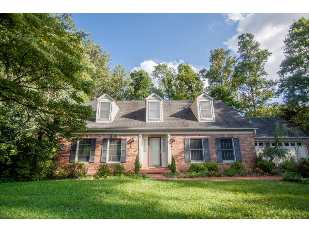 21694 Plantation Road, Bristol, VA | MLS# 425738 | Rob