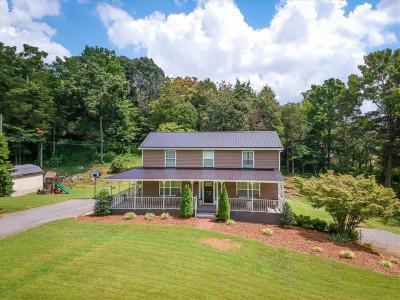 Jonesborough Single Family Home For Sale: 169 Harmony Farms