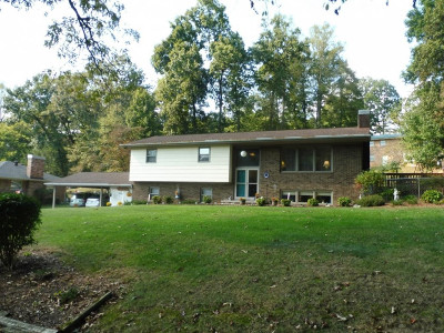 Kingsport Single Family Home For Sale: 344 Whitehaven Drive