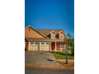 Single Family Home For Sale: 111 Quail Ridgeway