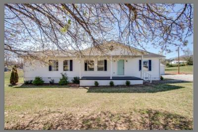 Sparta Single Family Home For Sale: 1718 S Parker Rd