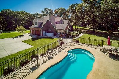 Byrdstown Single Family Home For Sale: 130 Deer Pt
