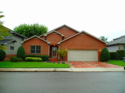 Single Family Home Sold: 1630 Country Club Pl