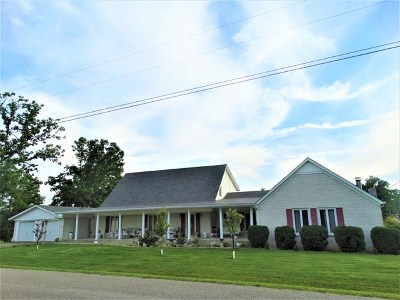 Sparta Single Family Home For Sale: 197 Oak Lake Dr
