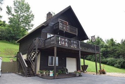 Gainesboro Single Family Home For Sale: 230 Dycus Landing Rd