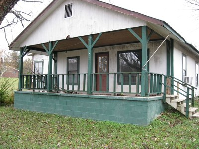 Monterey TN Single Family Home For Sale: $45,000