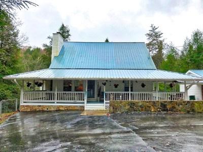 MONTEREY Single Family Home For Sale: 490 Hemlock Trail