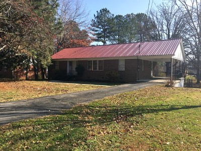 Cookeville Single Family Home For Sale: 745 E Jere Whitson