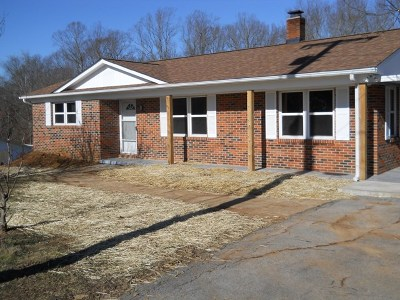Sparta Single Family Home For Sale: 600 Cedar Lane