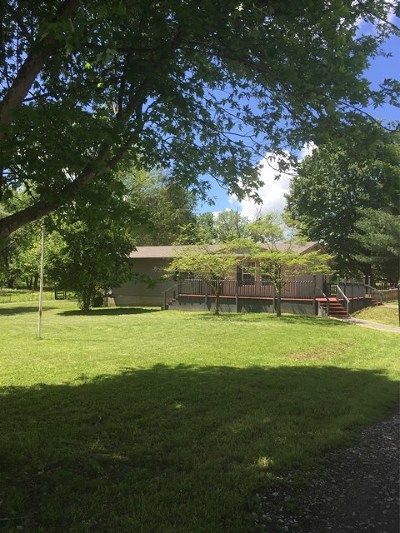 Cookeville Single Family Home For Sale: 443 Double Springs Rd
