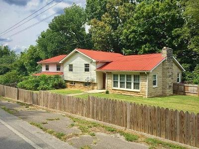 Allons, Celina, Hilham, Moss, Whitleyville Single Family Home For Sale: 702 Thompkinsville Hwy