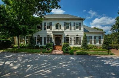 Nashville Single Family Home For Sale: 721 Vail Court