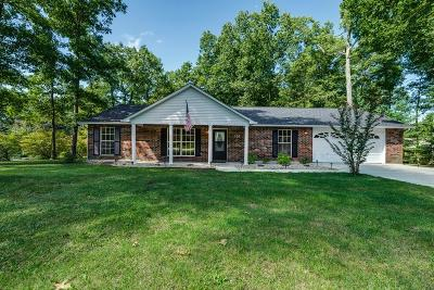 Crossville TN Single Family Home For Sale: $159,900