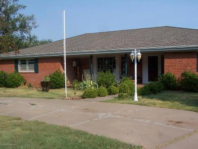 Panhandle Single Family Home For Sale: 411 Maple