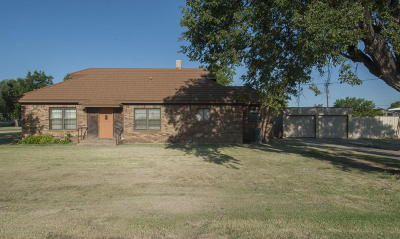 Claude Single Family Home For Sale: 108 Cherry