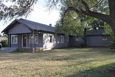 Panhandle Single Family Home For Sale: 307 Oak Ave