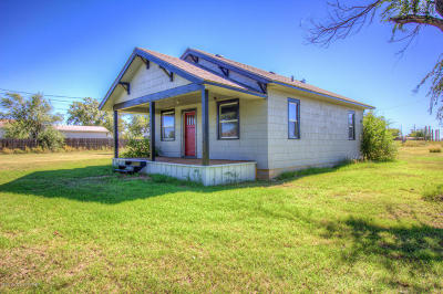 Fritch Single Family Home For Sale: 700 Palimino Rd