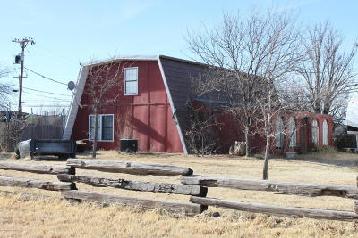 Fritch Single Family Home For Sale: 102 Railroad S Ave
