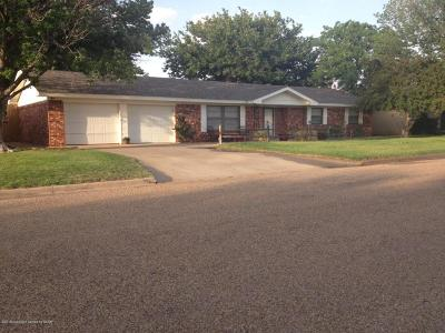 Fritch Single Family Home For Sale: 309 Overland Trl