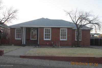 Borger Single Family Home For Sale: 1309 Yows E