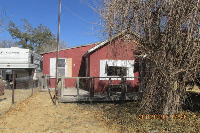 Fritch Single Family Home For Sale: 313 Longwood S