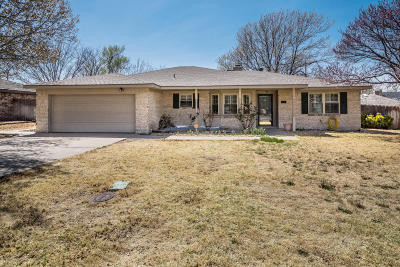 Borger Single Family Home For Sale: 214 Somerset St.
