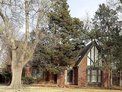 Amarillo Single Family Home For Sale: 2215 Hughes S St