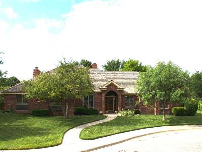 Single Family Home For Sale: 1 Sutton Pl